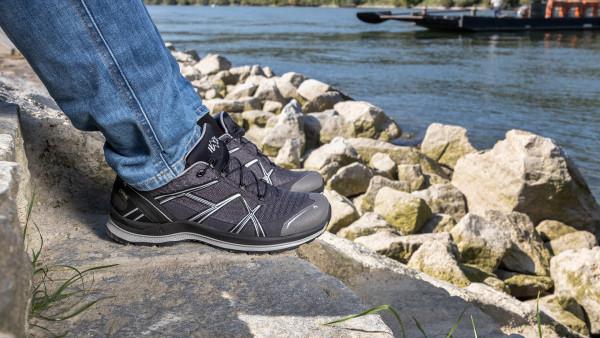 330102_black-eagle-adventure-2-2-graphite-silver